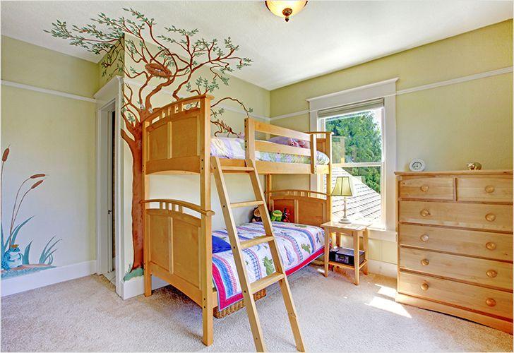 Деревья в детской комнате своими руками