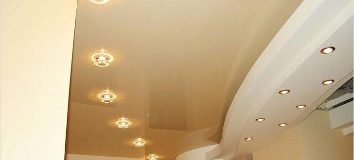 Как расположить точечные светильники на натяжном потолке